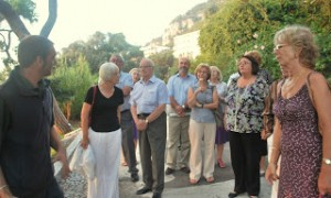 Rotary Club - Alameida Gardens group photo listening